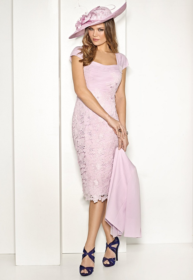 DISCOVER THESE SHORT AND ELEGANT PARTY DRESSES6