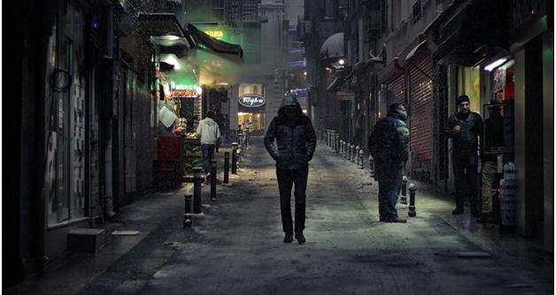 4 ways to walk safely at night2