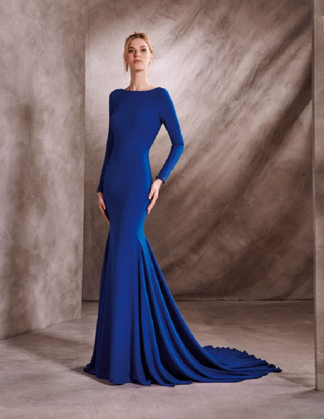 WEDDING DRESSES IN BLUE AND RED, TWO PERFECT CHOICES - Hello BMW