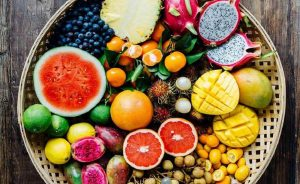 Discover the benefits of eating seasonal fruit