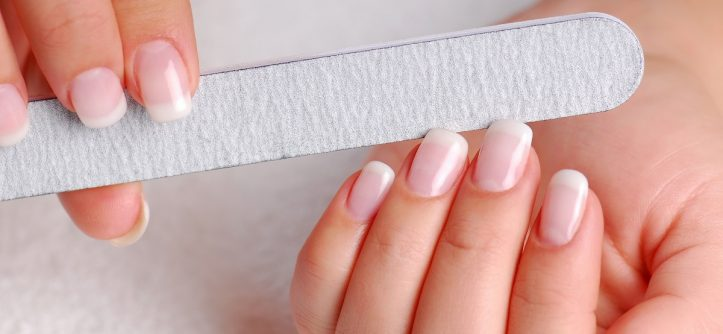 How To Choose A Nail File? A Serious Approach To An Easy Instrument!